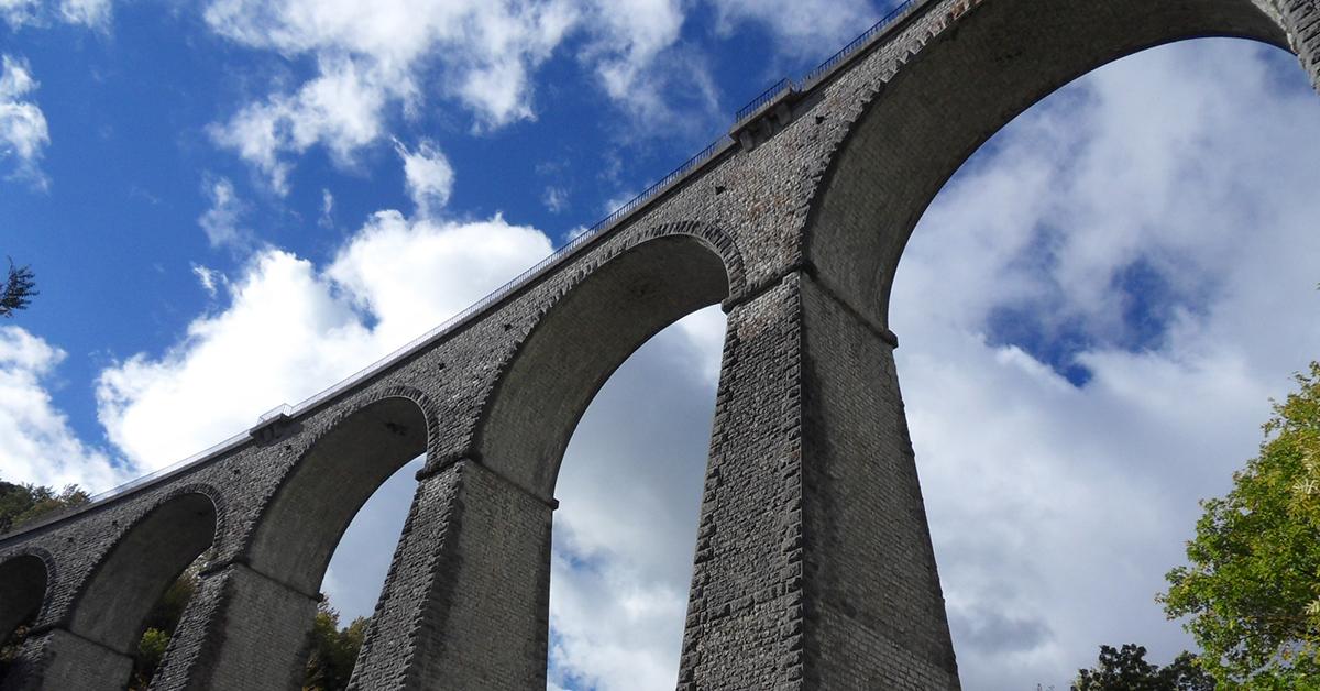 Le viaduc de Darne (ou d'Orbannes) à Clelles.