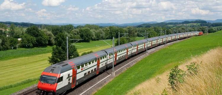 Un IC 2000 faisant Zürich-Luzern.