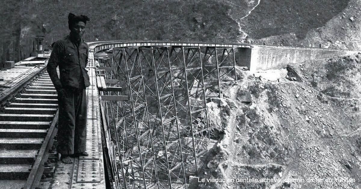 Le viaduc en dentelle achevé, chemin de fer du Yunnan