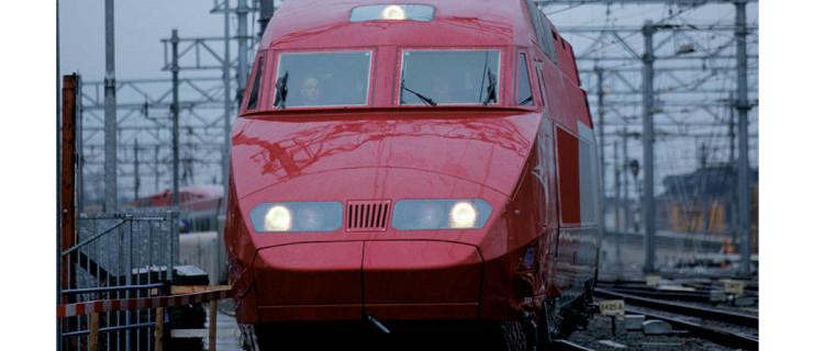 Une rame Thalys tricourant présentée, le 9 janvier par les Chemin de fer hollandais, aux alentours d'Utrecht.