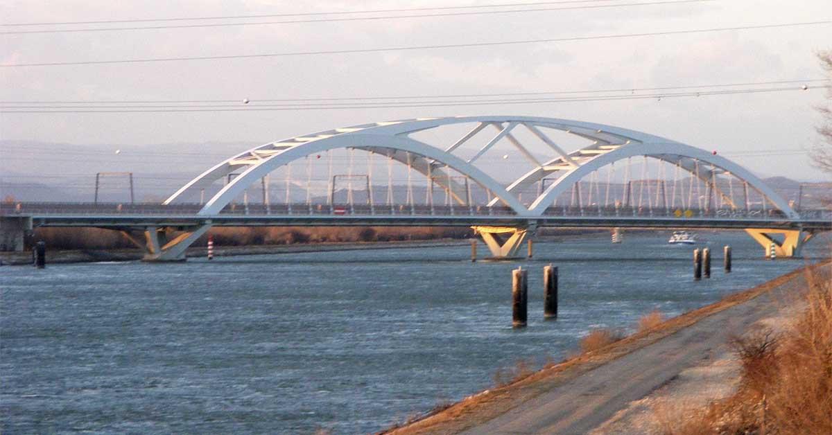 Vitesse datant pont d'Allan