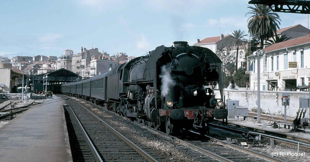 141 R locomotive vapeur canne